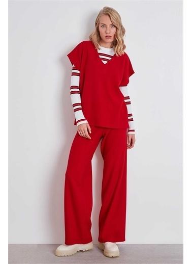 Vitrin Sweatshirt Kırmızı